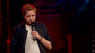 Bastian Bielendorfer – Ausziehen statt Stand-Up?