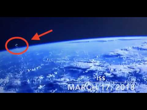 nouvel ordre mondial | UFO near ISS - Marc 17, 2018