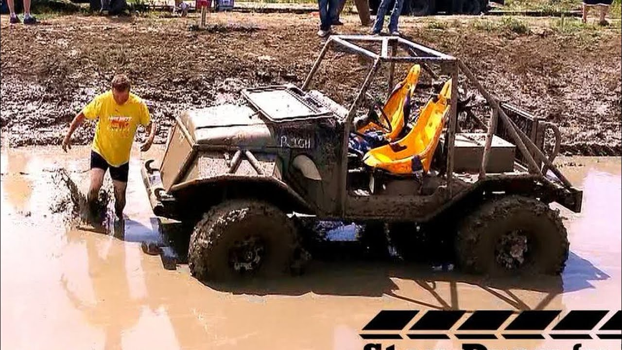 Mud Bogging Race - Jeep 4x4 Mud Racing - YouTube
