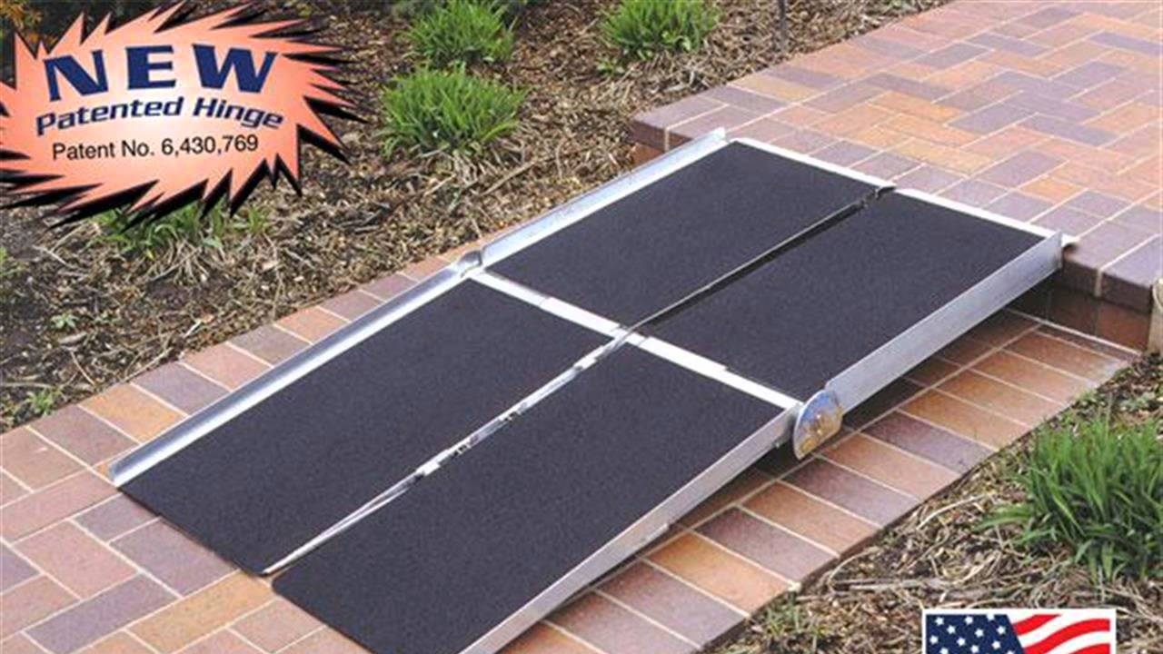 Genial HOW TO : Build A Wheel Chair Ramp For One Step   YouTube