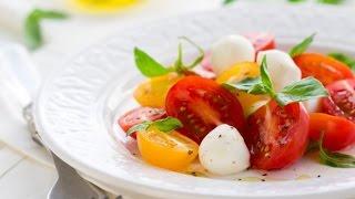 Капрезе из помидоров черри