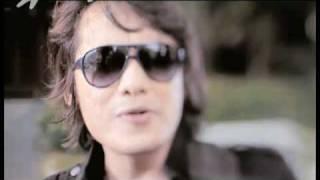 Video Klip Single nya KAMAYA yg berjudul Nanti Dulu feat Firman Idol