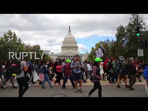 USA: Thousands take to Washington streets to march for racial justice