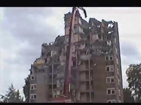 Block of flats in Aigburth being demolished