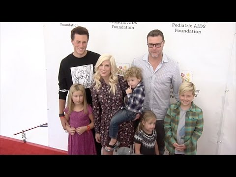 "Tori Spelling & Dean McDermott ""A Time for Heroes"" 2015 Red Carpet Arrivals"