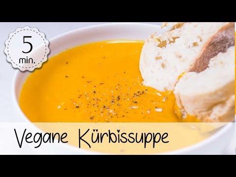 Vegane Kürbissuppe selber machen - Einfaches und gesundes Kürbissuppen-Rezept :)