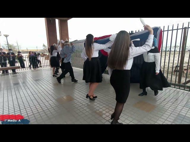 I°A Pumahue Chicauma realiza su baile en el mes de la patria, representando Zona Sur con la Cosecha