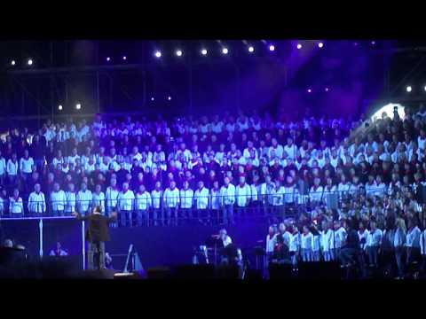 Fous Chantants d'Alès Renaud La Balade Nord Irlandaise a capella 01/08/2015