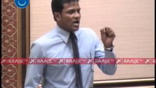 Repeat youtube video Umar Naseer ge hinifulhuveduvun