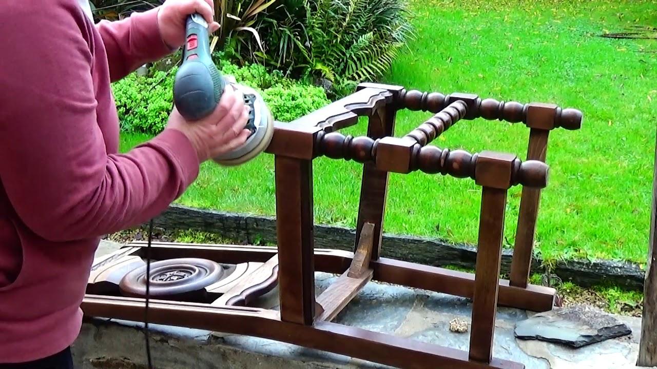 Comment Decaper Une Chaise Vernis tuto: comment poncer une chaise en bois !!