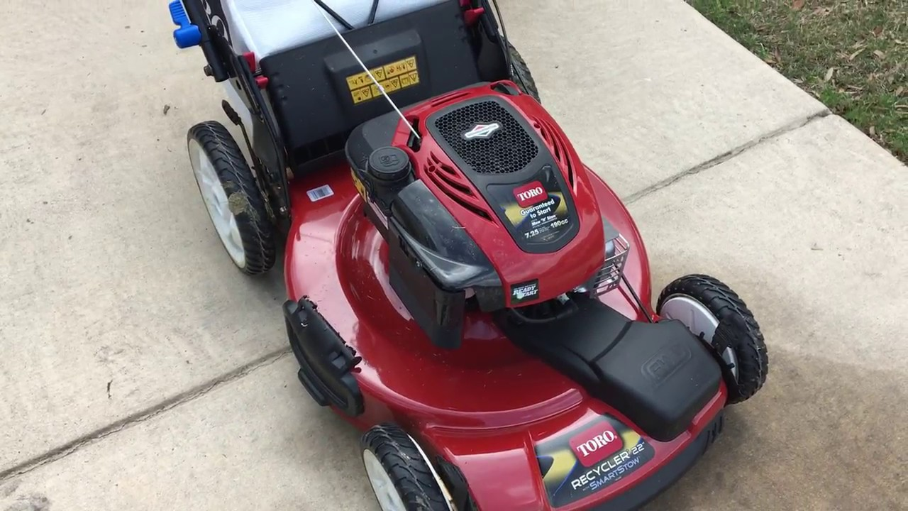 Toro Recycler Fwd Stow N Go Walk Behind Mower Youtube