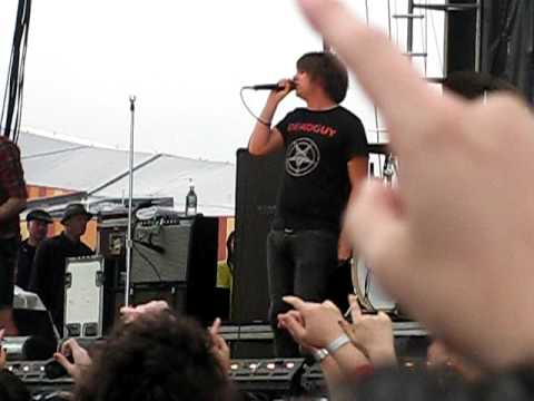 """Silverstein -  """"Smile In Your Sleep"""" Bamboozle 2009 Meadowlands Complex, NJ"""