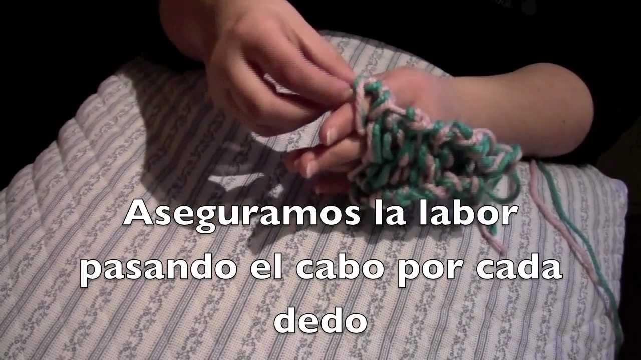 Collar de trapillo tejido con los dedos | el blog de trapillo. Com.
