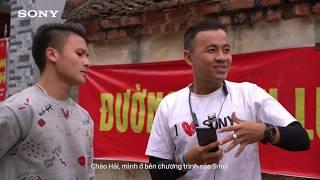 Cùng cầu thủ U23 Nguyễn Quang Hải vượt thử thách tâng bóng của Sony