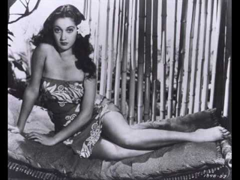 Dorothy Lamour - The Moon Of Manakoora, 1943