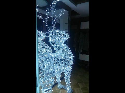 Светящийся новогодний олень