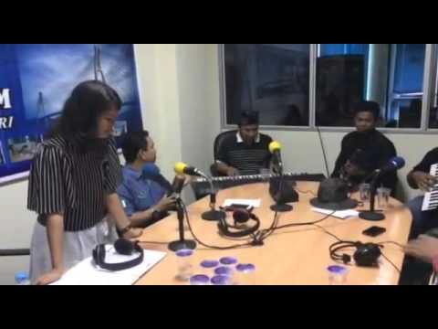 Zapin Anak Negeri - Icha dan Fasola Live Musik