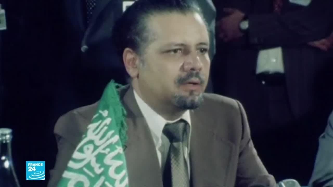 وفاة -عراب الذهب الأسود- وزير النفط السعودي الأسبق أحمد زكي يماني  - 17:01-2021 / 2 / 23
