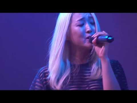 LYDIA PAEK sings EYES, NOSE, LIPS