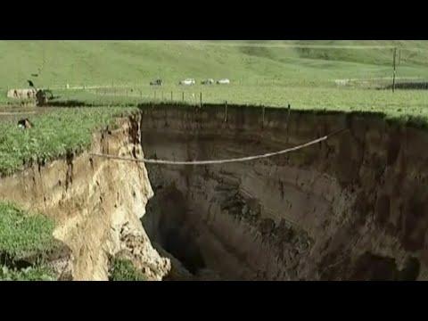 Enormous sinkhole appears on New Zealand farm