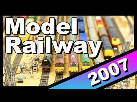 Loft Model Train Set