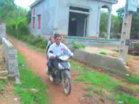 Kenh24 - Người mù lái xe máy ở Việt Nam