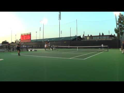 04 16 2010 USC Vs UCLA men's singles tennis 19 of