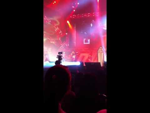 Jay Chou Loud Concert Live in Singapore 7th October 2011 Ben Cao Gang Mu