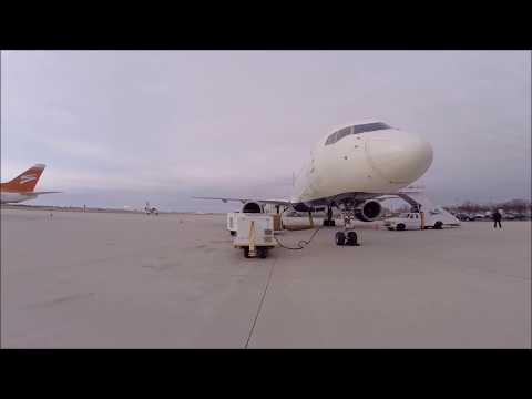 Swift Air Boeing 737-400 Charter Flight Philadelphia to Minneapolis/St Paul