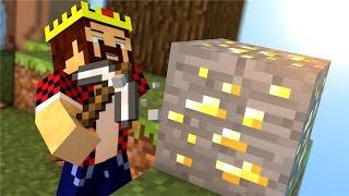 ВРАГИ ШАХТЁРЫ - Minecraft Скай Варс (Mini-Game)(Играем в пвп мини гейм - Sky wars. Цель : Убить всех, ведь победитель только один! Сервер - Hivemc.eu ▱▱▱▱▱▱▱▱▱▱..., 2015-08-08T11:50:44.000Z)