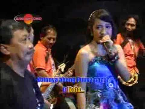 Merinda Anjani feat  Doyok - Abang Madun (Official Music Videos)