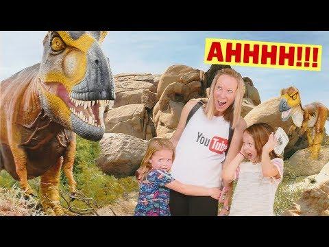 Visiting the Phoenix Zoo - Dinosaurs in the Desert Exhibit
