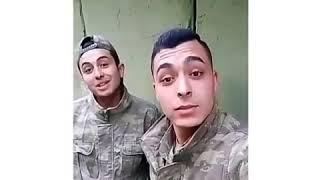 Ersay üner İki Aşık 😊 asker