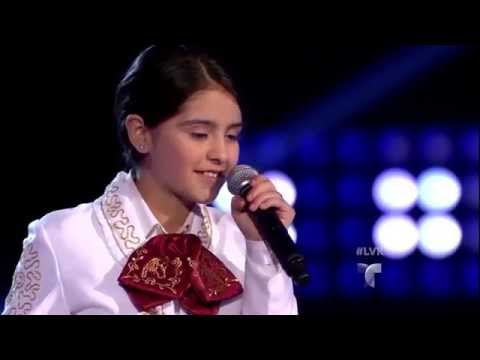 Ruby Saavedra canta