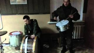 Начинающий Армейский Барабанщик