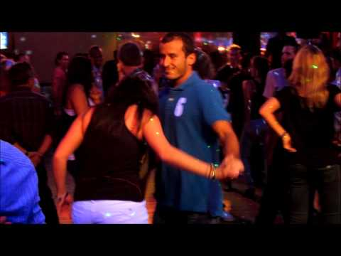 "Salsa in Barcelona - A Rueda in ""Agua de Luna"" - Salsa Club"