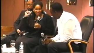 LUTHER VANDROSS and I talk love, life and MUSIC at the WGCI Music Seminar - Part 1