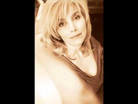 Emmylou Harris - Kern River