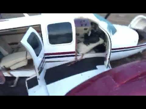 """Avião de Nilson Leitão tem problema no ar e pousa de """"barriga"""" em Água Boa"""
