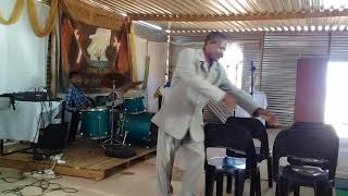 Divineexcellence.org: Evangelist Ben Beukes