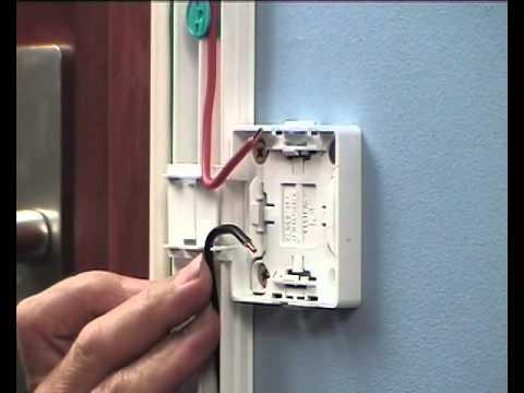 Installation lectrique sous baguette pvc youtube - Refaire une prise electrique ...