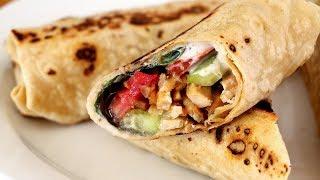 Kebab casero de pollo con salsa de yogur - Shawarma