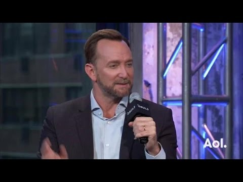 """Clinton Kelly on """"Love At First Swipe"""""""