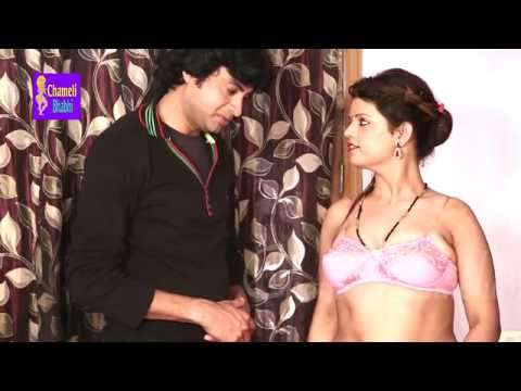 Housewife Romance with Bra Seller | ब्रा बेचनेवाला : Desi Bhabhi Hindi Short Film thumbnail