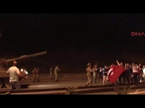 Turkish army and supporters of Erdogan in face off