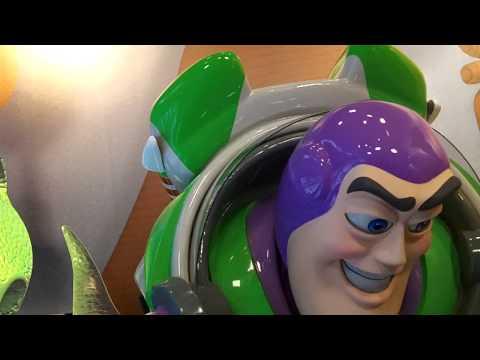 Yell Andys coming at buzz and woody at Disney World Florida