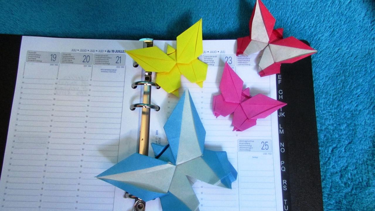 origami marque page papillon grzegorz bubniak youtube. Black Bedroom Furniture Sets. Home Design Ideas