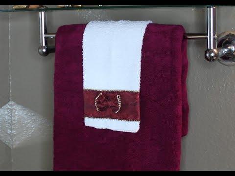 DIY: Quick Easy Decorative Towel