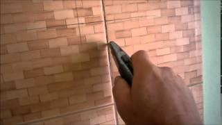 Как очистить швы плитки от затирки. Очистить затирку между плиткой