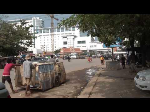 Poipet/Aranyaprathet Cambodia/Thailand Border Crossing 02